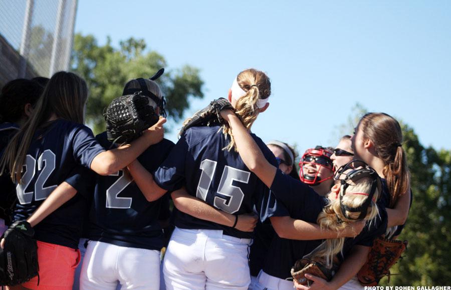 JV softball defeats FHN
