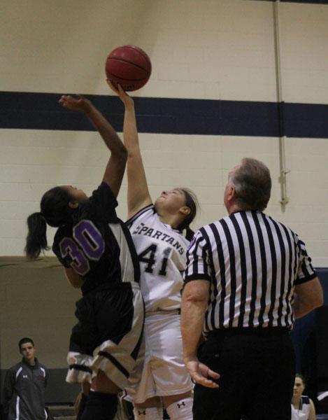 Freshman+girls+basketball+fall+short+in+a+game+against+Fort+Zumwalt+West