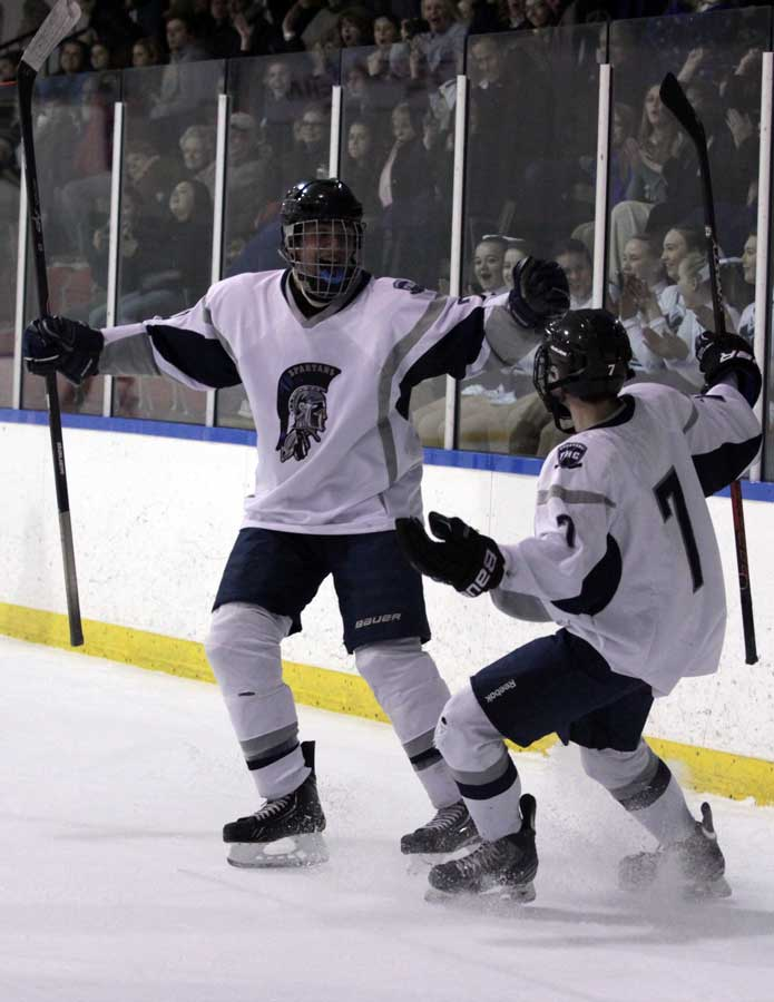 Spartan+hockey+beats+North+4-1+and+advances+in+the+playoffs
