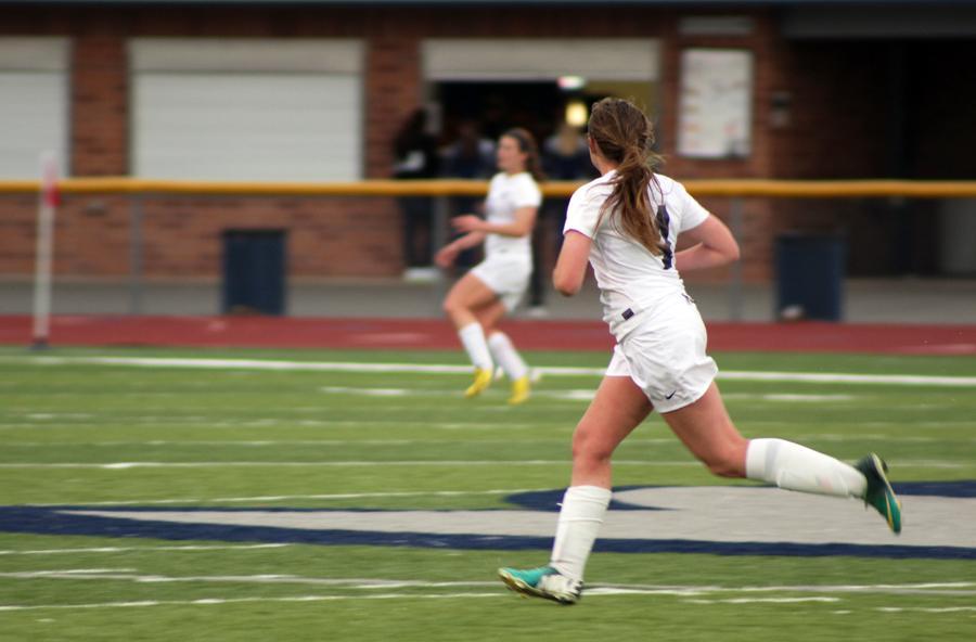 Girls Varsity Soccer kicks Timberland out of the park