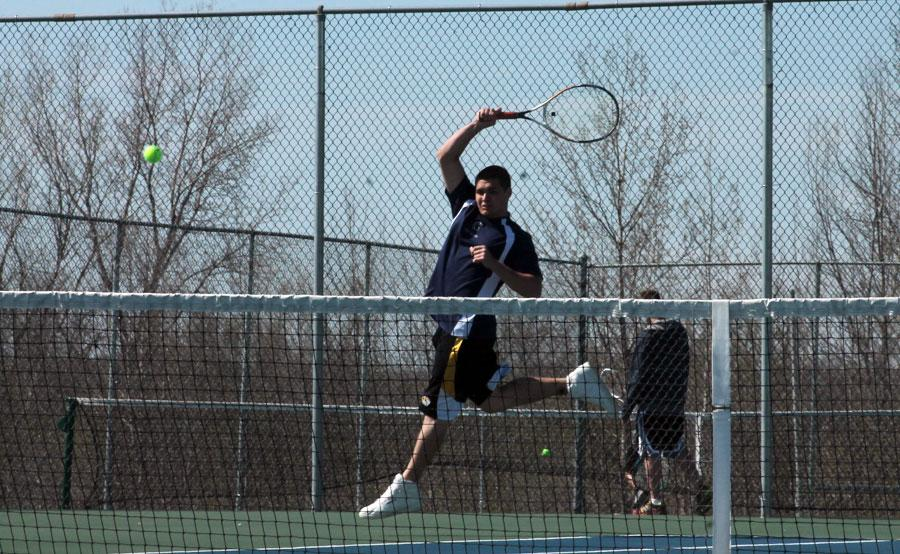 Boys+tennis+team+crushes+FZS