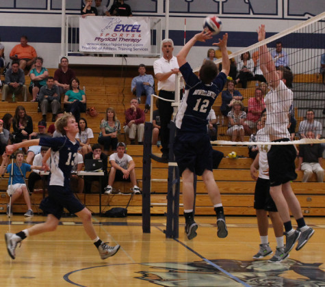 Varsity volleyball faces a hard loss to Francis Howell North