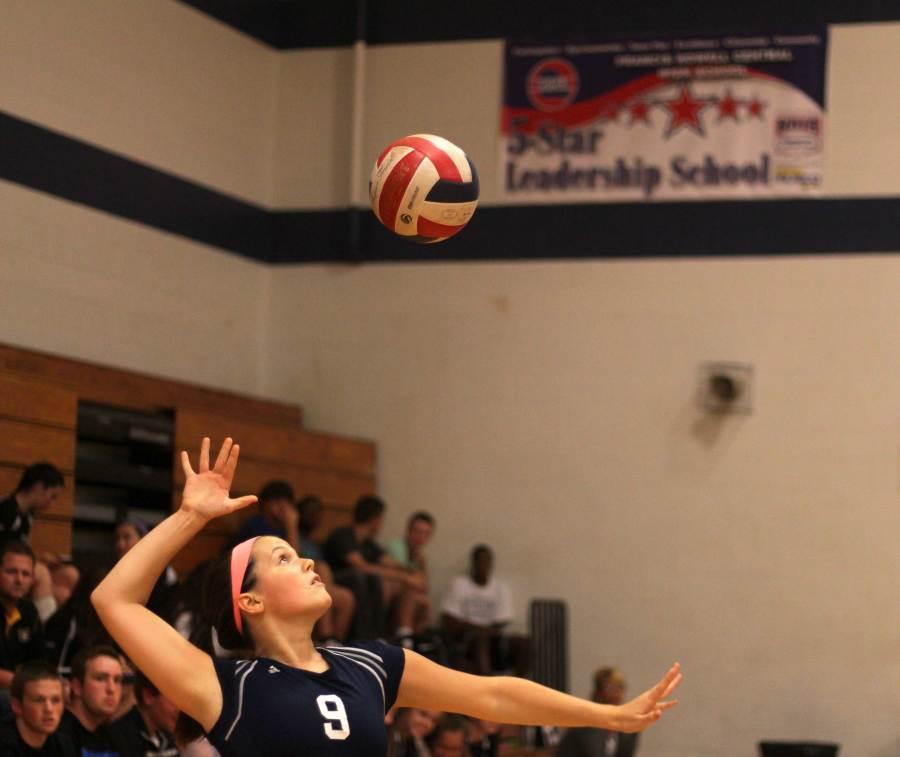 Freshman+volleyball+plays+Rockwood+Summit+Falcons