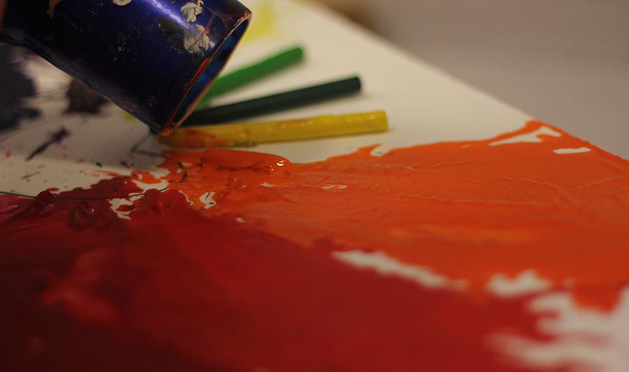 Open art studio allows students to work on projects outside of class