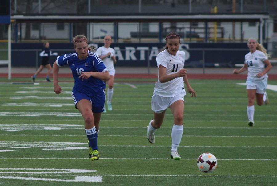 Watch+girls+soccer%27s+senior+night+vs.+FHN+tonight