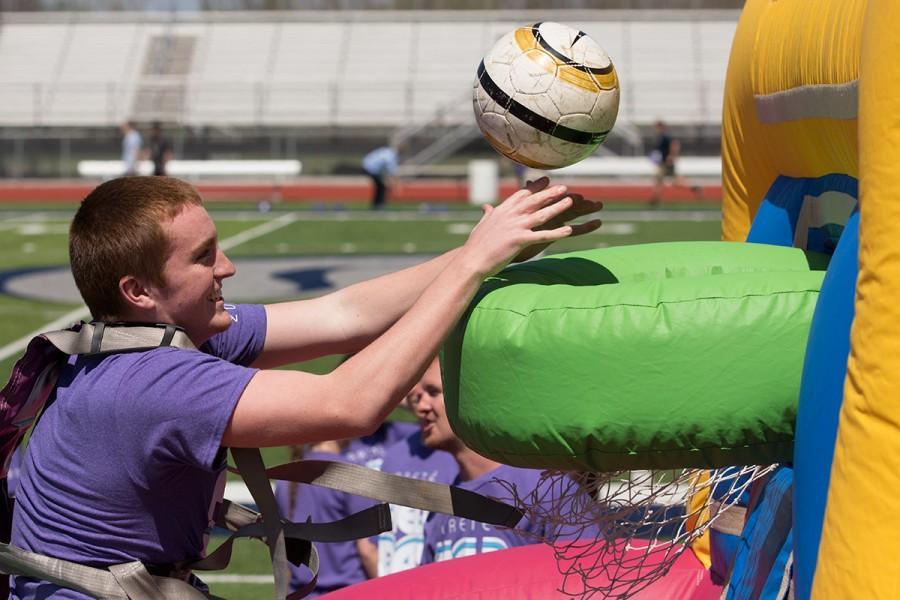 Arete field day celebrates student achievement