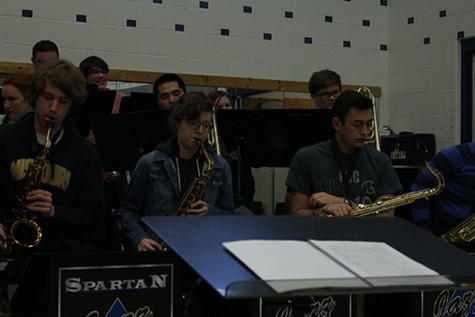 Jazz ensemble students practice their new pieces.