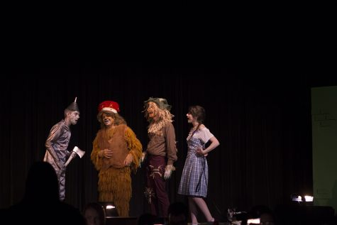 Abram Cutshall, David Tuttle, Jacob Slone, and Gea Henry act in the show.