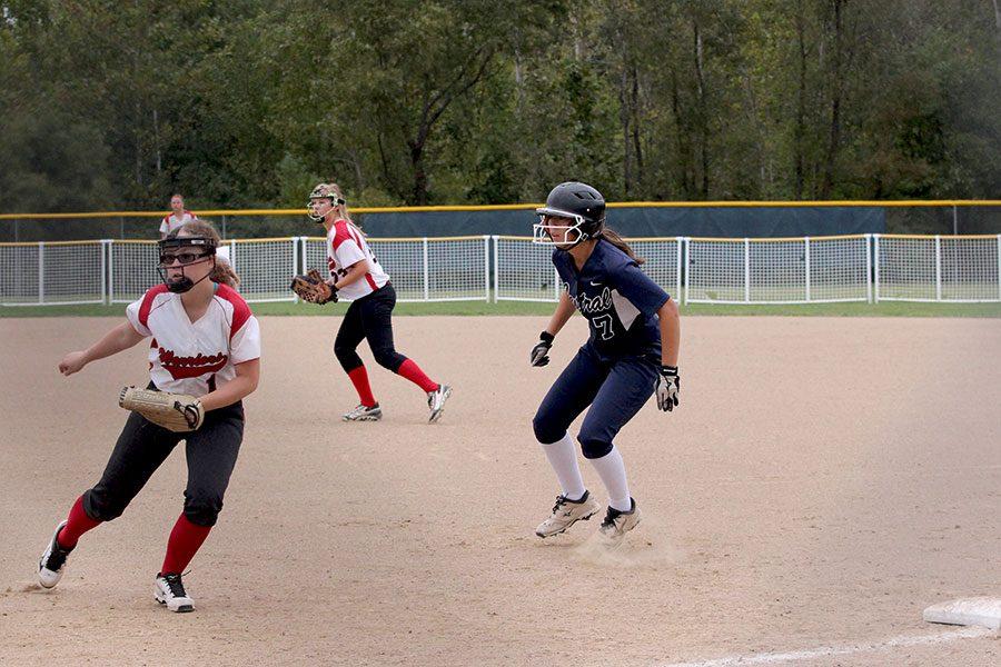 JV+softball+sweeps+Warrenton