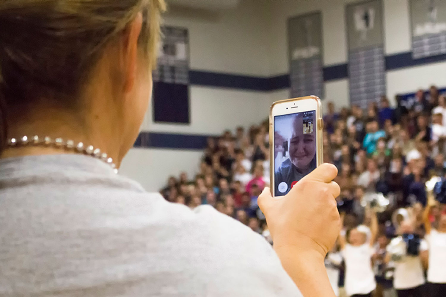 At the homecoming pep assembly on Sept. 30, Assistant Principal FaceTimed Mrs. Roxanne Fetsch, who was diagnosed with adult acute lymphoblastic leukemia at the beginning of the school year and has not been able to participate in her beloved school activities.
