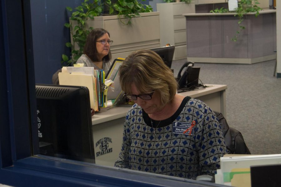 Mrs.+Shepherd+deals+with+her+daily+duties+at+the+front+desk+in+the+school.+She+handles+many+responsibilities+and+also+brightens+the+atmosphere+at+FHC.