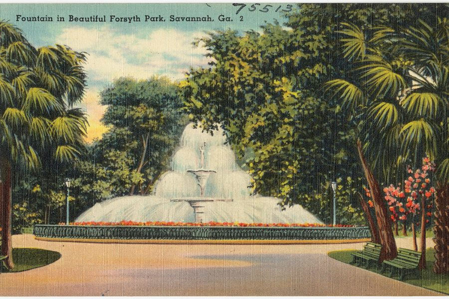 Forsyth+Park+Savannah%2C+GA.+Forsyth+Park+is+an+extremely+popular+places+for+locals+and+tourist+to+relax%2C+enjoy+history%2C+and+stroll+along+the+old+oak+trees.+