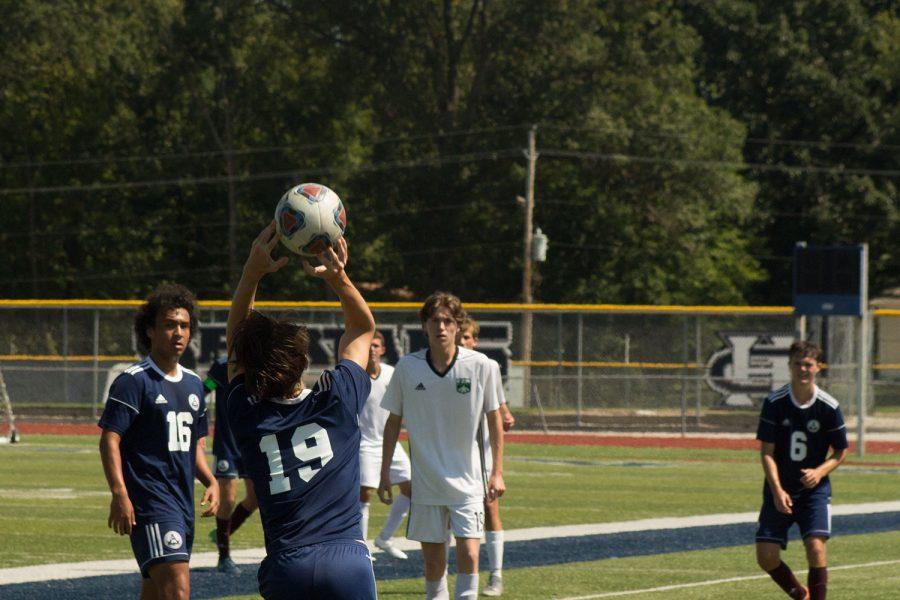 Varsity+boys+soccer+wins+fort+zumwalt+classic