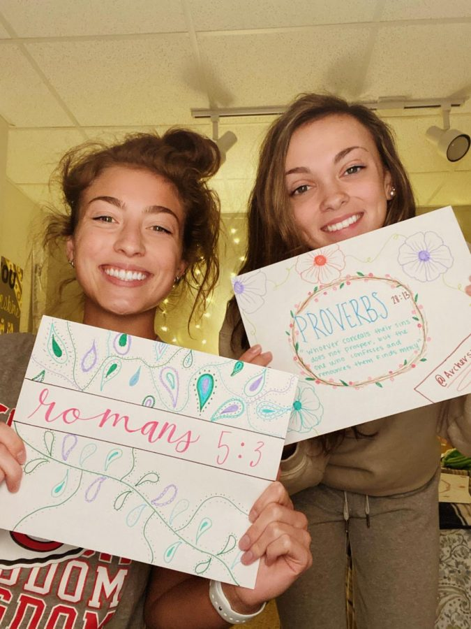 Seniors Emily Mundle and Olivia Green made sweet notes and delivered them to friends houses.