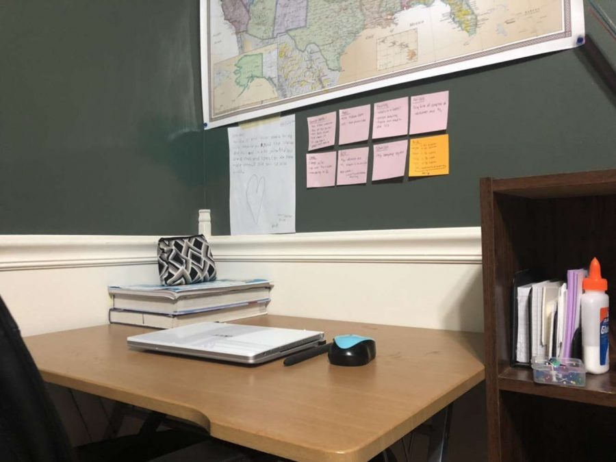 Rhyen Standridge's neat and organized workspace setup. Organization is the key to focusing on schoolwork.