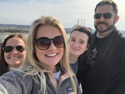 Sieveking smiles with her family on vacation. Despite six years with diabetes, she seeks to improve and stay positive each day.