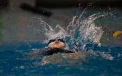 Isabella Keene, Freshman, doing the Backstroke.