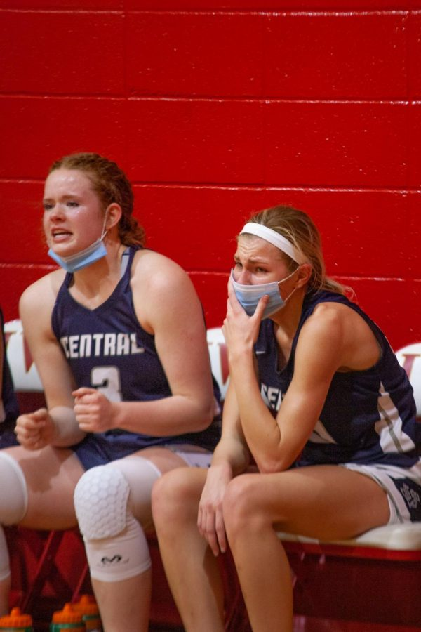 Seniors Sofia Tweedie and Sophie Delaney watching the clock run out of time