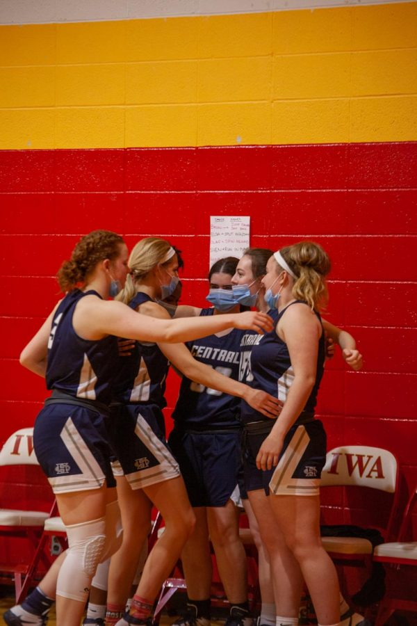 The teams seniors having a group hug after their final game together ended